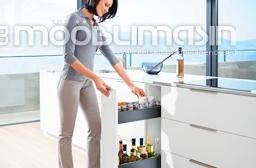 Kitsas köögikapp